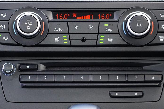 Konserwowanie klimatyzacji samochodowej